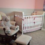 Jakie meble wybrać do pokoju dziecięcego, by służyły przez lata?