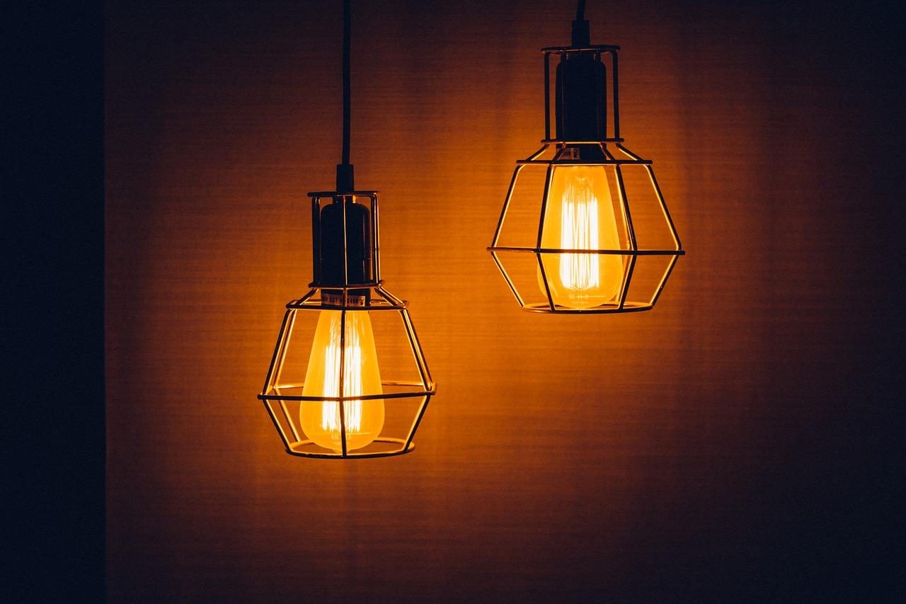 Szukasz designerskich lamp? Zajrzyj do internetu!