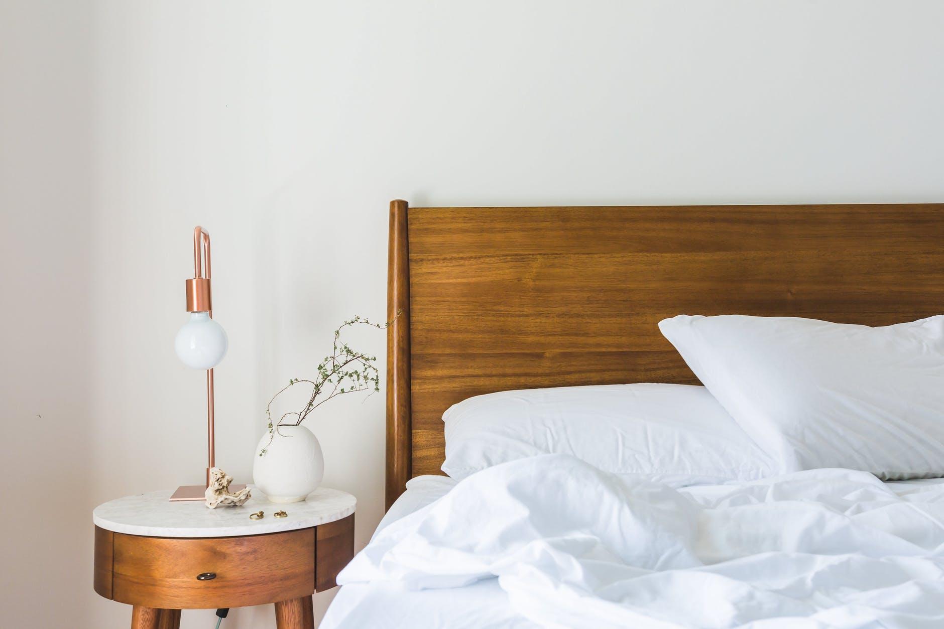 Jak dobrać łóżko do sypialni?