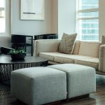 Pufa – ładny i praktyczny element przedpokoju
